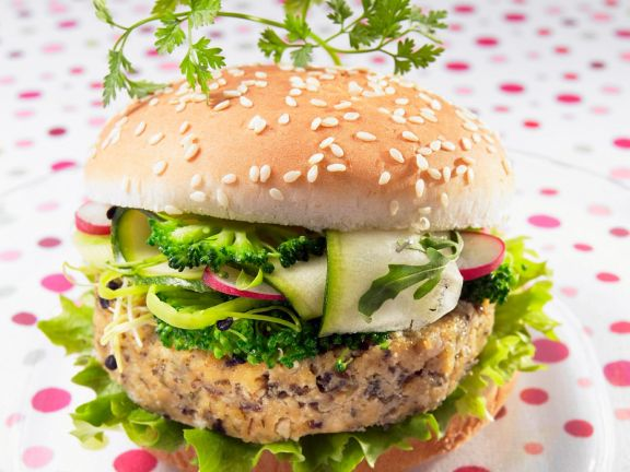 Burger mit Tofu und Brokkoli